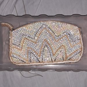 Vintage beaded clutch/cosmetic case